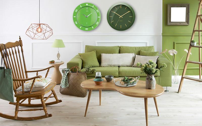 Horloges murales à la mode: vertes et rétro
